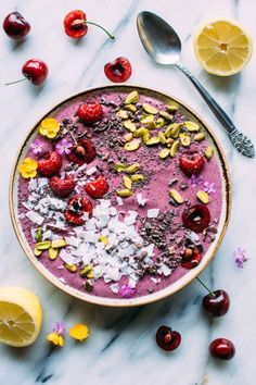This 5 minute antioxidant smoothie bowl is packed with cherries, blueberries, banana, frozen cauliflower and collagen powder for all the glow from the inside out goodness you need!