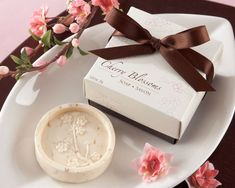 "These ""Perfect Pair"" pear soap favors will show just how perfect you are for each other. Comes beautifully packaged in an elegant gift box. Perfect as wedding favors, bridal shower favors or even anniverstary party favors. Soap Wedding Favors, Creative Wedding Favors, Soap Favors, Bridal Shower Favors, Wedding Gifts, Bridal Showers, Wedding Ideas, Soap Gifts, Wedding Souvenir"