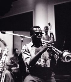 Miles Davis - as long I keep finding great photos of Mr. Davis, I'll keep posting them.