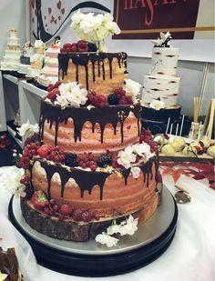 Wedding Cakes, Desserts, Food, Fiestas, Postres, Deserts, Cake Wedding, Hoods, Meals