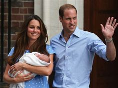 Prince William, Duchess Kate and the royal baby pose outside St. Mary's hospital on Tuesday, 07/23/13.