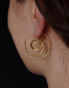 Spiral Earrings 18k Gold by Zephyr9 on Etsy