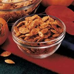 Taco Pumpkin Seeds-will sub olive oil and homemade taco seasoning to cut sodium. Flavored Pumpkin Seeds, Sweet Pumpkin Seeds, Pumpkin Seed Recipes, Home Recipes, Snack Recipes, Snacks, Garlic Seeds, Homemade Taco Seasoning, Food And Drink