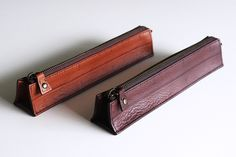 Inspired by the Triangular Scale Ruler this leather #pen case is a  draftsman dream! This is another great hand crafted design from #Yuruliku using the finest vegetable tanned leather. This classy bit of kit will protect an #architects true tools of the trade in style