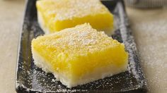 Gluten-free Lemon Suares: (rice flour blend)Sweet, tart and smooth.lemon bars remain a crowd-pleasing favorite for lunchbox treats or for a cookie tray. Potluck Desserts, Gluten Free Desserts, Just Desserts, Delicious Desserts, Dessert Recipes, Lemon Desserts, Summer Desserts, Favorite Cookie Recipe, Favorite Recipes