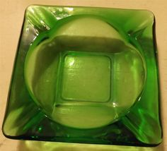 "VINTAGE LARGE GREEN GLASS ASHTRAY 6"" SQUARE  