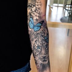 Pop of color in a black and white tattoo #black_and_white_tattoo_sleeve