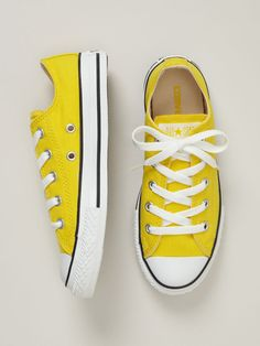 Yellow Canvas Chuck Taylor by Converse ... great colour!