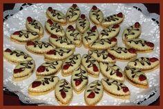 Obrazek Christmas Kitchen, Christmas Baking, Czech Recipes, Good Mood, Cheesecake, Muffin, Sweet Tooth, Birthday Cake, Cookies