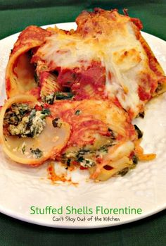 Stuffed Shells Florentine | Can't Stay Out of the Kitchen | these fabulous #stuffedshells are filled with #spinach, #ricotta and #parmesan, covered with marinara sauce and topped with more cheese. Totally delightful. #pasta #MeatlessMondays