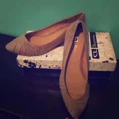SUNDAY SALEChinese Laundry pointed toe flat Chinese Laundry pointed toe flat in dark taupe. Brand NEW. Never worn! Still in box! Chinese Laundry Shoes Flats & Loafers