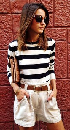 Classic Striped Long-sleeves Sweater lovely-pepa