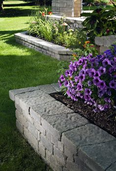 There are lots of affordable backyard landscaping ideas you can look into. For a backyard landscape upgrade, you need not spend so much cash. Front House Landscaping, Landscaping Retaining Walls, Garden Paving, Backyard Landscaping, Landscaping Ideas, Patio Ideas, Brick Flower Bed, Stone Flower Beds, House Landscape