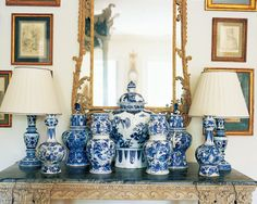 Oscar Wilde might have had a hard time living up to his blue china but the interiors in these photos are completely uplifted by the addition of blue and white china. I always love blue and white porcelain but it […] Ginger Jar Lamp, Ginger Jars, Blue And White China, Blue China, White Gold, Pantone, Keramik Vase, Chinoiserie Chic, White Home Decor