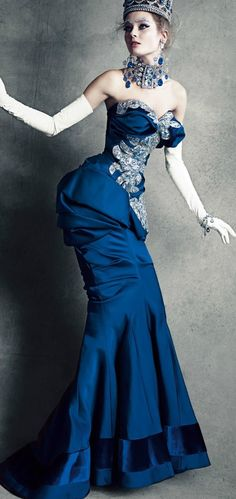 Dior~ Wow!! so fun & theatrical... love the photo!