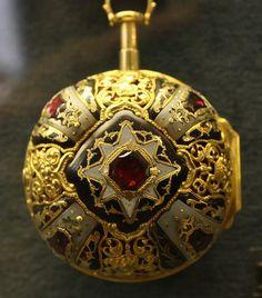Antique Pocket Watch - Ashmolean Museum | Flickr - Photo Sharing!