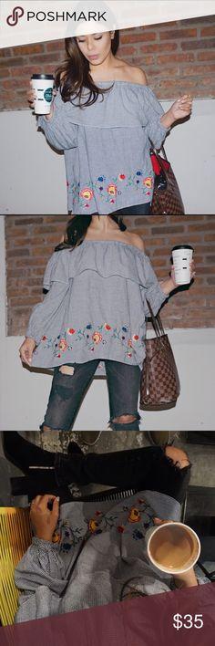 Zara over the shoulder top Super cute oversized over the shoulder top! Only worn once. Zara Tops Blouses