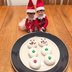 Elf On The Shelf - Easy Ideas For Busy Parents |Building Our Story