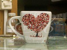 Calco vitrificable full color del arbol del amor horneado sobre pocillo de cerámica. Más árboles en http://www.calcosvitrificables.com/index.php/planchas