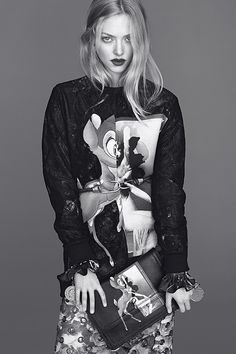 Givenchy 2013 AW Creative director:Riccardo Tisci Photographer:Mert Alas & Marcus Piggott Womenswear stylist:Carine Roitfeld Models:Amanda Seyfried