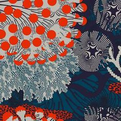 Latest Designer Fabric 'Merivuokko Linen in petrol, beige, red' by Marimekko (FIN). Buy online or visti our fabric retail store in Christchurch.