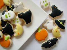 Assorted Halloween Cookies  Oh So Small  Iced by OldTimeFavorites, $24.95