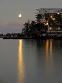 LUNAR ECLIPSE over HILO BAY HAWAII