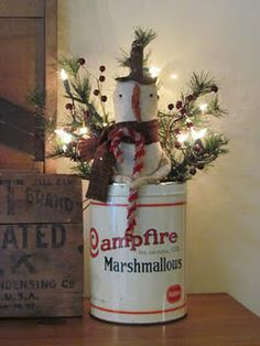 i just love the can Christmas Love, Country Christmas, Christmas Snowman, All Things Christmas, Winter Christmas, Vintage Christmas, Merry Christmas, Christmas Ornaments, Christmas Ideas