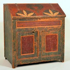 Important Paint Decorated Pine Slant-lid Desk. Decoration attributed to Johannes Spitler, Shenandoah County, Virginia, Circa. 1800.
