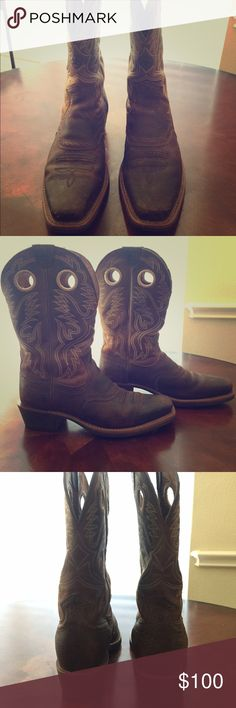 GREAT CONDITION! Men's Artiat Boots Men's Ariat Boots. Size 10. Very popular men's boot! Ariat Shoes Cowboy & Western Boots