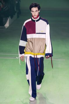 Lacoste Fall 2019 Ready-to-Wear Fashion Show - Vogue Fashion Week Paris, Fashion Weeks, Lacoste, Adidas Outfit, Sport Fashion, Men's Fashion, Fashion Design, High Fashion, Fashion Trends