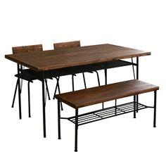 パイン無垢材を古材風に加工した「KeLT(ケルト)」シリーズ。ダイニングテーブルとベンチ、カフェチェアー2脚の4点セットです。