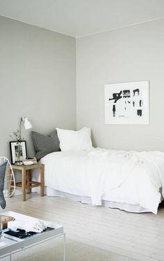 Nice 40 Gorgeous Minimalist Elegant White Themed Bedroom Ideas.