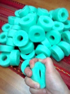 "Use ""pool noodles"" to create stress fidgets for students in order to build coping skills to stress, anger, etc Diy Fidget Toys, Fidget Tools, Counseling Activities, Therapy Activities, Sensory Activities, Sensory Tools, Anger Management Activities For Kids, Diy Sensory Toys, Coping Skills Activities"