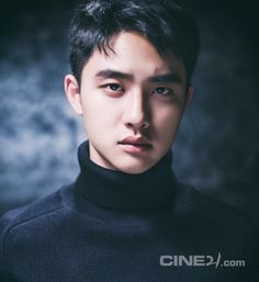 """D.O - 160219 Cine21 Instagram update: """"여러분, 그렇습니다. 이번호 커버는 #도경수 입니다! #씨네21 #1043호 #순정 #cine21 #엑소 #디오 #EXO"""" Translation: """"Everyone, that's right. This issue's cover will feature #Do Kyungsoo!  #Cine21 #number 1043 #Pure Love #cine21 #EXO #D.O #EXO"""" Credit: Cine21."""