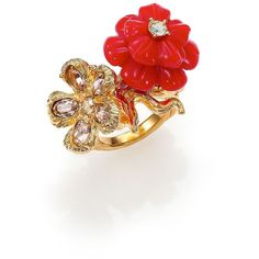 Alexander McQueen Mixed Flower Ring ($420) ❤ liked on Polyvore featuring jewelry, rings, accessories, apparel & accessories, goldtone, blossom ring, alexander mcqueen ring, swarovski crystal rings, gold tone rings and daisy jewellery