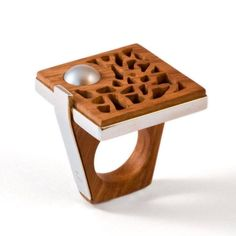 wood and pearl jewelry Pearl Jewelry, Jewelry Art, Silver Jewelry, Handmade Rings, Handmade Silver, Handmade Wooden, Bijoux Design, Jewelry Design, Wood Rings