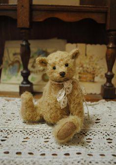 Benjamin miniatuur teddybeer kunstenaar door door JunJunLittleBear