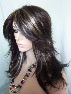 Nirvana Tarah Wig in dark brown highlighted with golden blonde