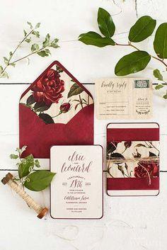 Adori il colore rosso e hai deciso che il tuo sarà un matrimonio in rosso? Bene, allora qui trovi tante idee e consigli su come sviluppare questo tema!