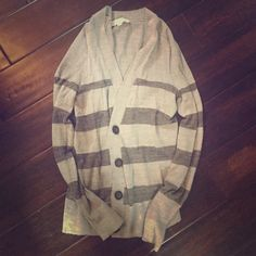 Anne Taylor Loft sweater loft sweater in gold used condition. Ann Taylor Sweaters Cardigans