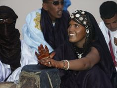 TRIP DOWN MEMORY LANE: TUAREG PEOPLE: AFRICA`S BLUE PEOPLE OF THE DESERT