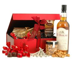 Gold Medal Whisky Hamper: chocs, nuts, fruitcake and whisky! Lovely. £65