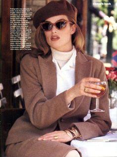 supermodels Meghan Douglas by Pamela Hanson Vogue US, August 1992 Look Retro, Look Vintage, Vintage Mode, 80s Fashion, Vintage Fashion, Fashion Outfits, Womens Fashion, Style Fashion, Fashion Jewelry