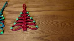How to make a paracord Christmas tree - YouTube
