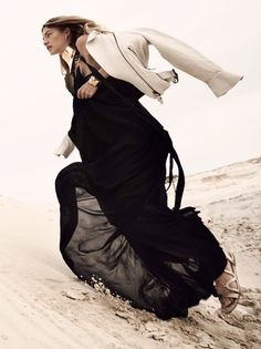 Desert Flower | Roos Abels by Camilla Akrans for Vogue China February 2016