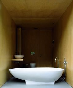 Browsing the Agape Portfolio... Private house Casa No Gêres and Spoon bath, Spoon washbasin and Fez taps - Portugal.  Architecture and Interiors: Correia / Ragazzi® arquitectos Ph. Juan Rodriguez Learn more on agapedesign.it #agapedesign #interior #bathroom #design