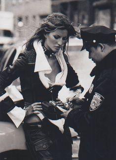"""Urban Essentials"" Gisele Bundchen by Peter Lindbergh for Harper's Bazaar US, September 2004"