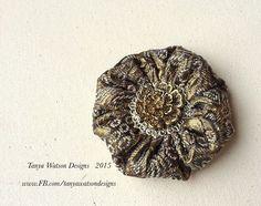 Handmade Scottish  Golden  Brocade  Brooch/rosette/pin Christmas  Present