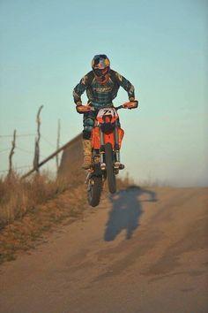 Motocross Bikes, Motorcycle Bike, Ktm Exc, Dirt Bike Girl, Dirtbikes, Atv, Offroad, Amazing Photography, Bicycle